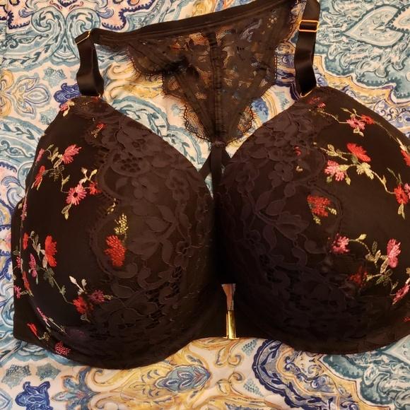 Cacique Other - Racerback front closure bra